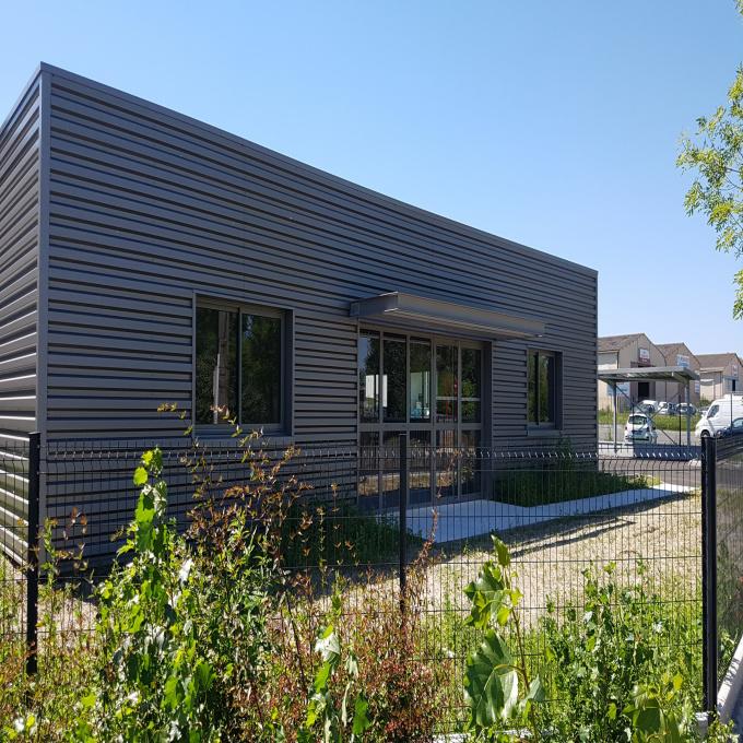 Location Immobilier Professionnel Entrepôt Carbon-Blanc (33560)
