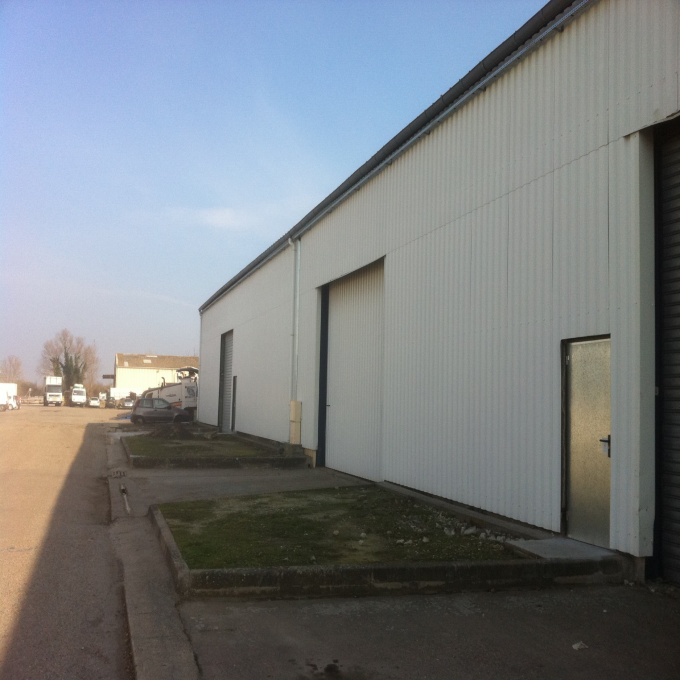 Location Immobilier Professionnel Entrepôt Bassens (33530)