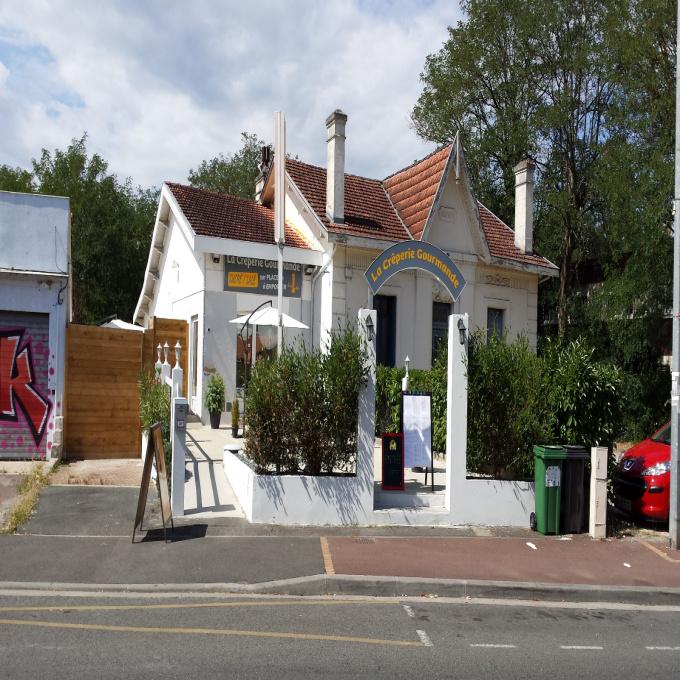 Location Immobilier Professionnel Local commercial Villenave-d'Ornon (33140)