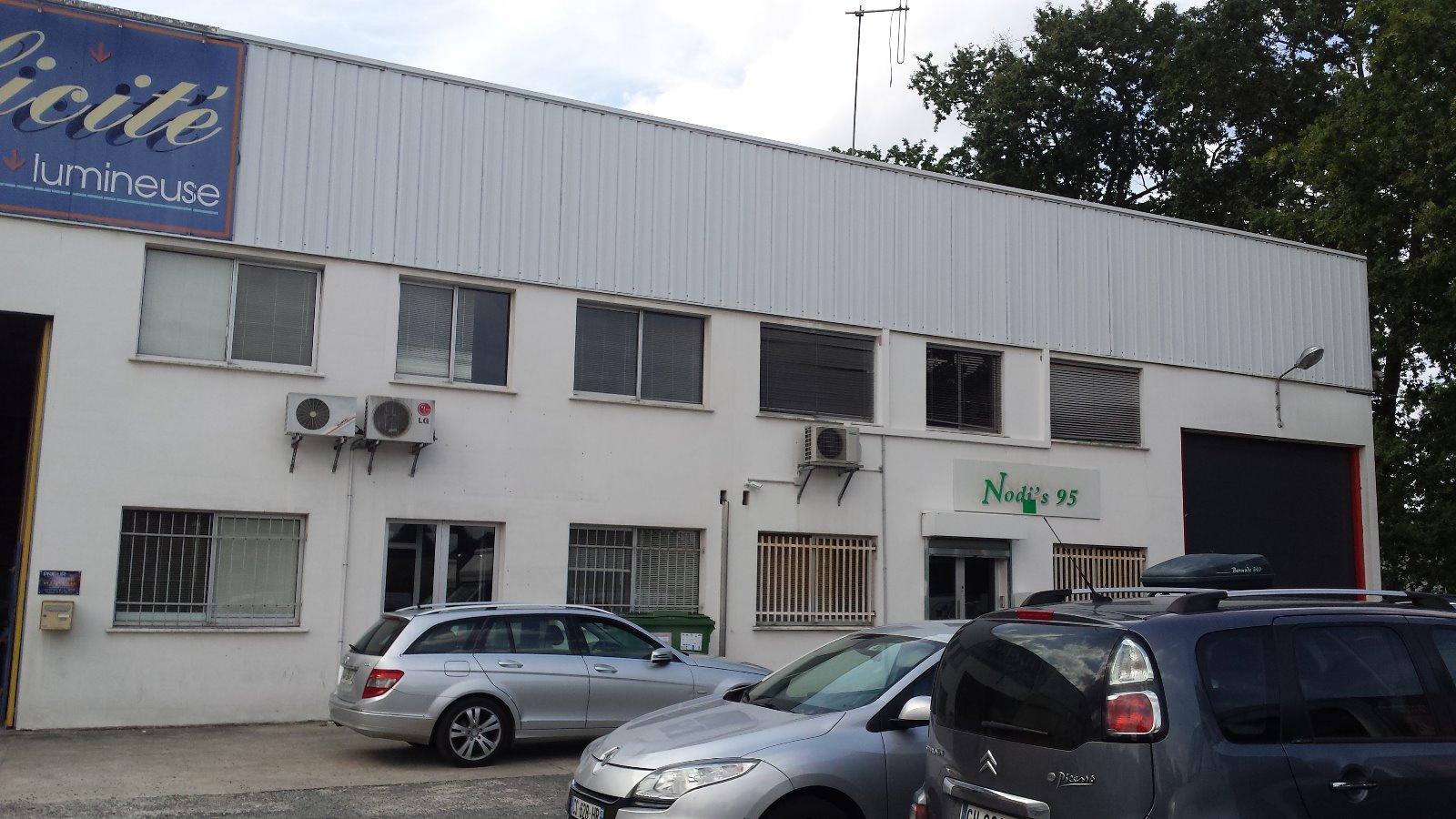 Location Immobilier Professionnel Entrepôt Eysines (33320)