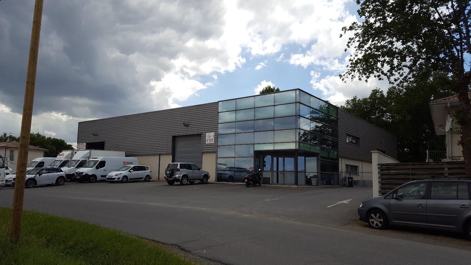 Location Immobilier Professionnel Entrepôt Montussan (33450)