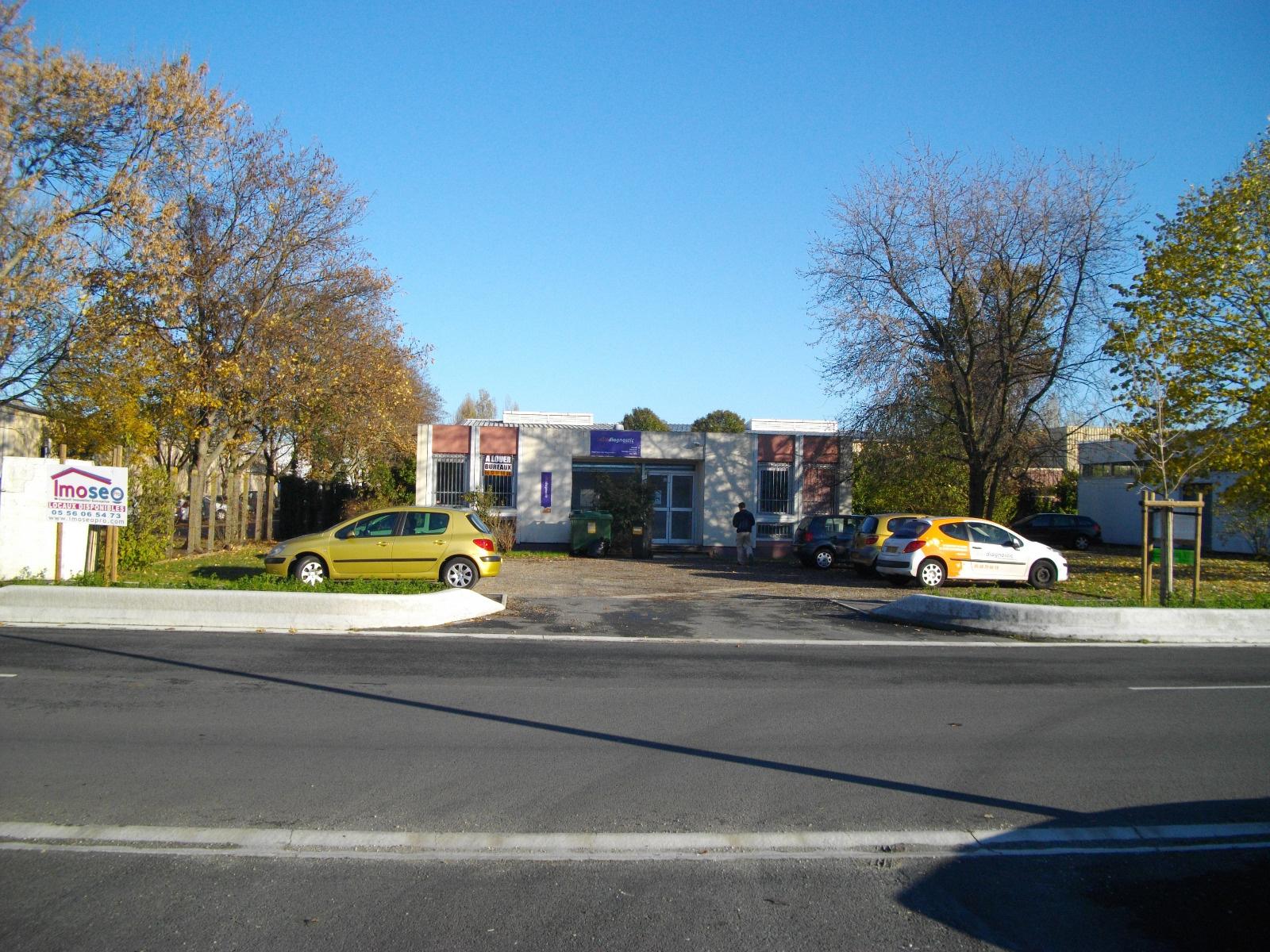 Location Immobilier Professionnel Bureaux Bordeaux (33300)